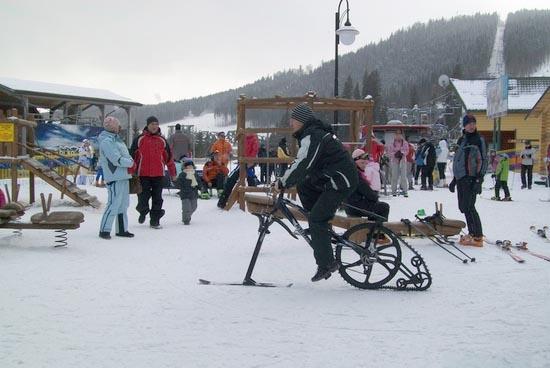 Гибрид лыж и велосипеда